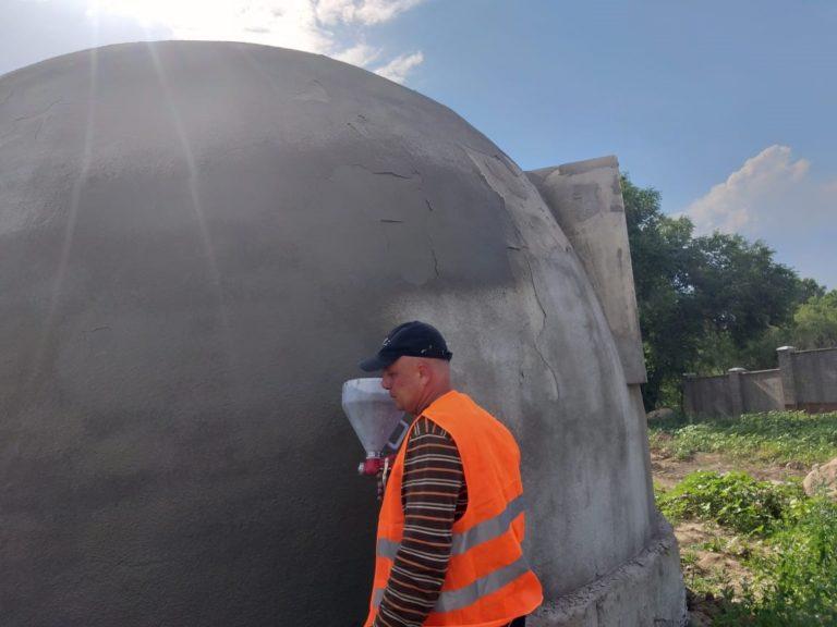 Гидроизоляция бетонных и кирпичных поверхностей гидроизоляционной смесью